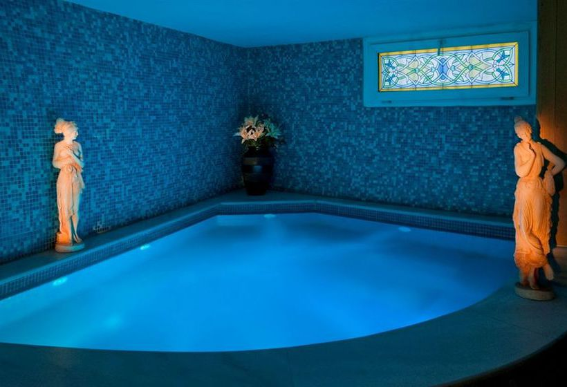 Schwimmbad Hotel Buyuk Keban Istanbul
