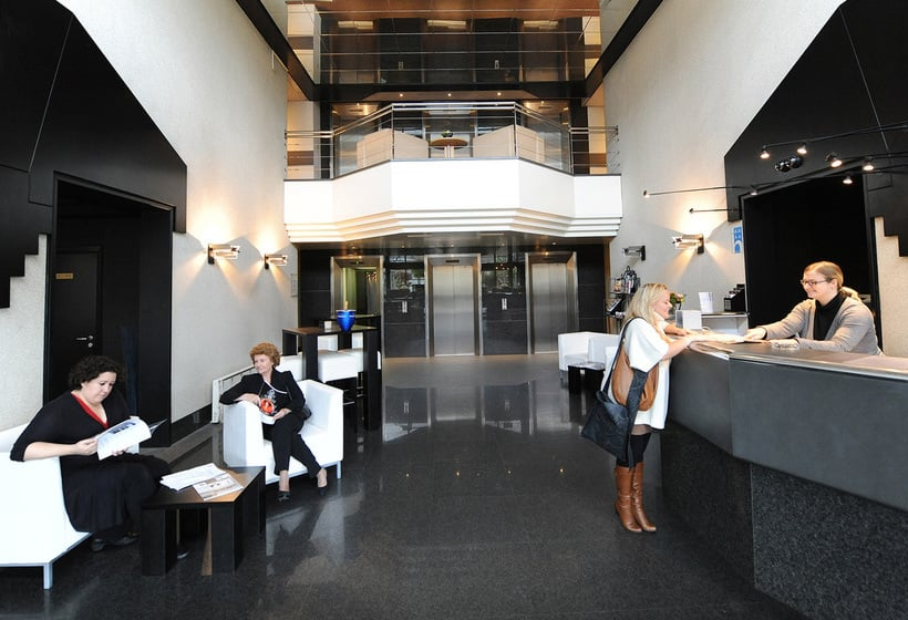 Front desk Hotel City Inn Luxe Antwerpen