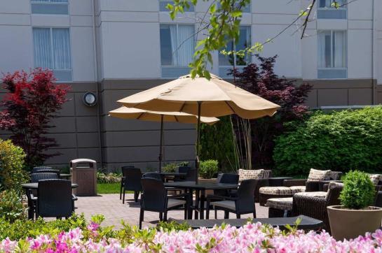 Hotel Hilton Garden Inn Newport News Newport News As Melhores Ofertas Com Destinia