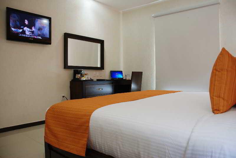 ホテル Comfort Inn Cancun Aeropuerto カンクン