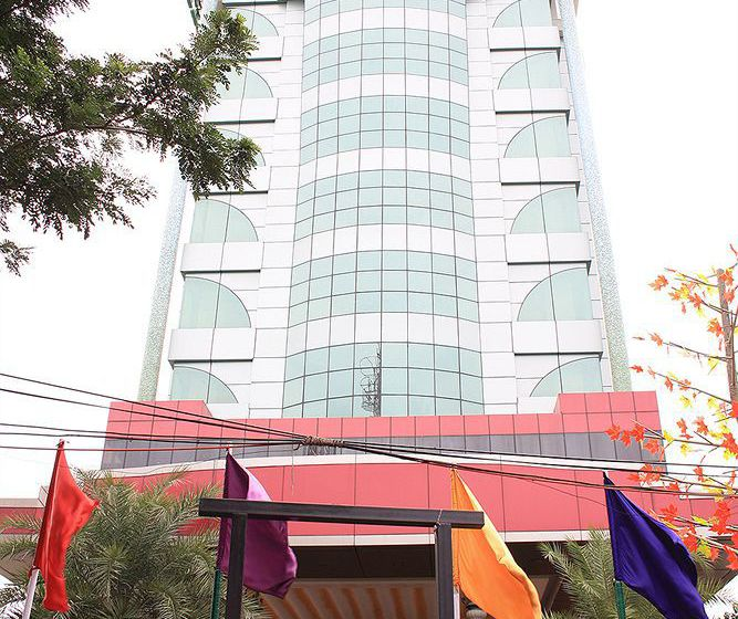 Hotel The Checkers Chennai