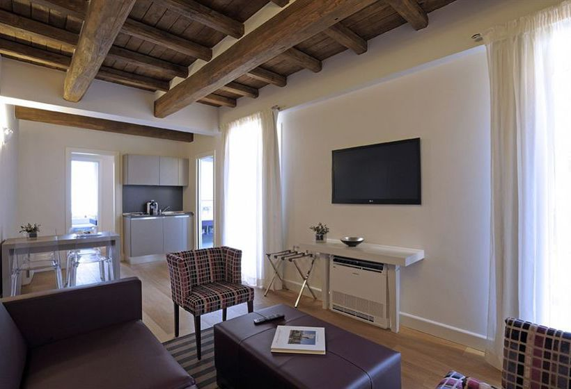 Trevi Palace Luxury Apartments Rome