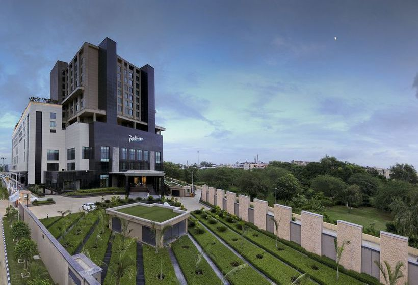 فندق Radisson Blu New Delhi Paschim Vihar نيودلهي