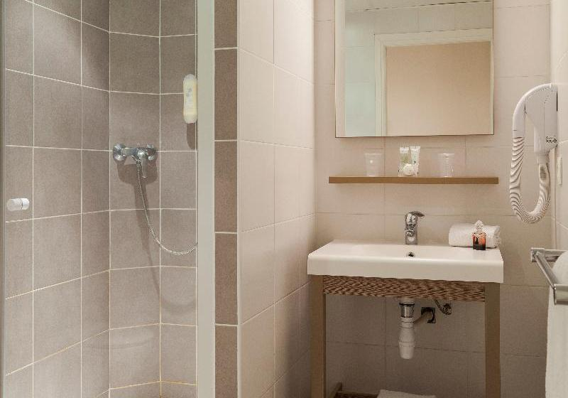 Salle de bain Hôtel Comfort Suites Cannes Mandelieu Mandelieu la Napoule