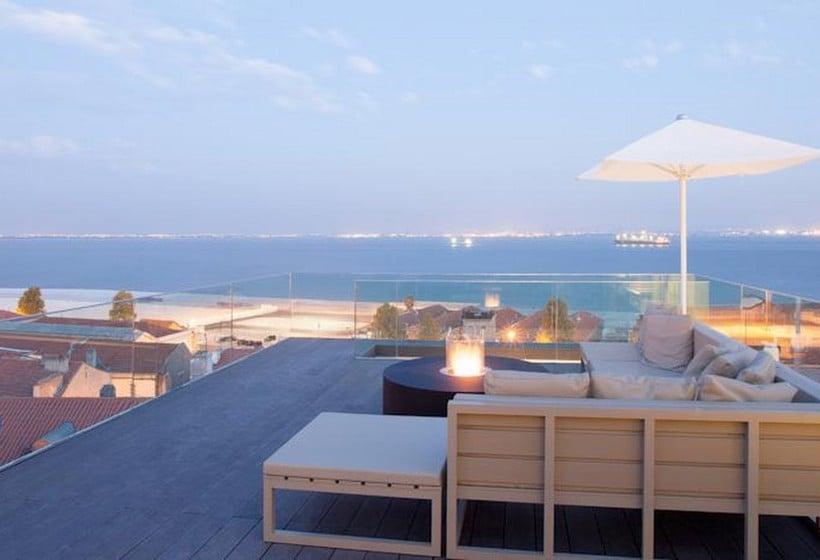 تراس فندق Memmo Alfama لشبونة