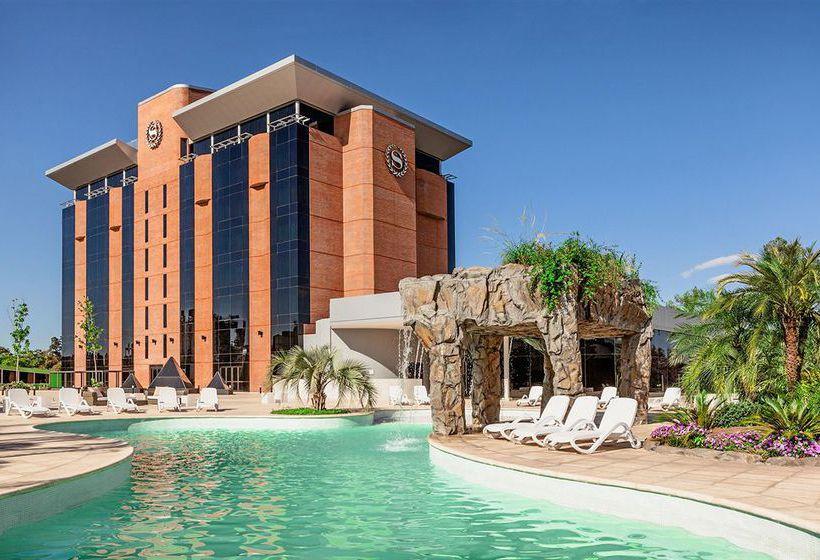 ホテル Sheraton Tucuman  サン・ミゲル・デ・トゥクマン