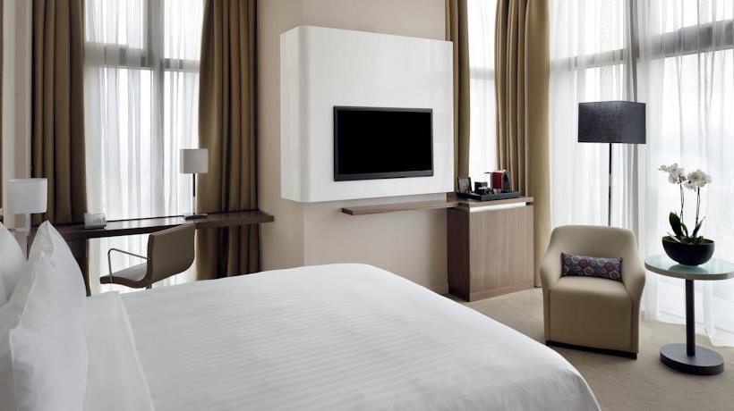 Zimmer Istanbul Marriott Hotel Sisli