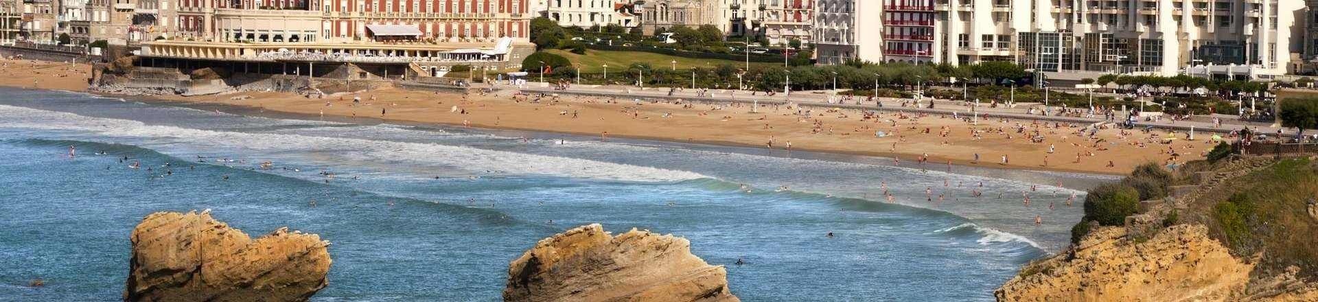 Cheap hotels in biarritz from 21 - Biarritz airport to st jean pied de port ...