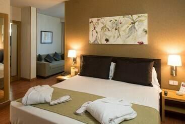 hotel catalonia albeniz barcelona 036