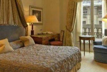 nouvel hotel eiffel em par s desde 43 destinia. Black Bedroom Furniture Sets. Home Design Ideas