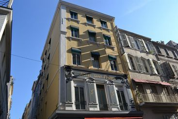 Hotel Kyriad Marseille Centre Paradis Pr 233 Fecture 224