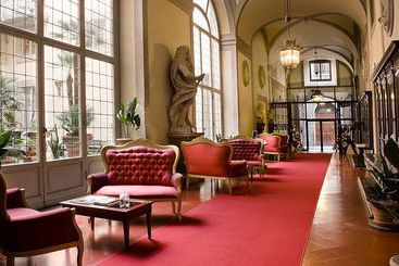 All-Suites Palazzo Magnani Feroni - Florencia