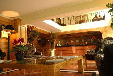 Suites del Bosque Hotel - Lima