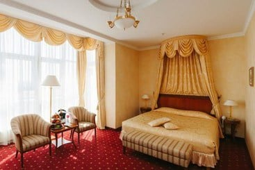 Grand Hotel Emerald - San Petersburgo