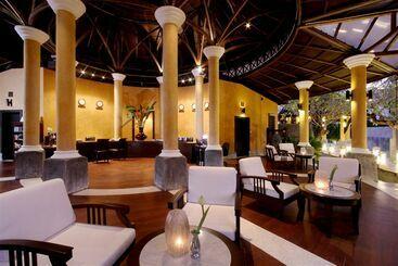 Centara Karon Resort Phuket In Karon Beach Starting At 20 Destinia