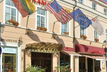 Ramada Hotel & Suites Vilnius - Vilnius