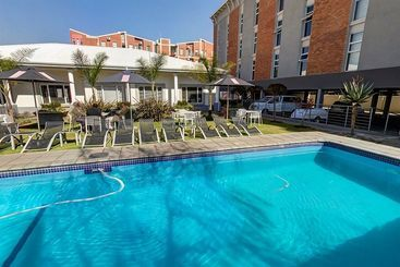 Hotel Garden Court O R Tambo International Airport In