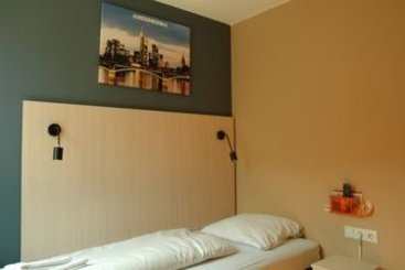 A&O Hostel & Hotel Frankfurt Galluswarte فرانكفورت
