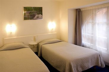 hotel wilson square in toulouse starting at 26 destinia. Black Bedroom Furniture Sets. Home Design Ideas