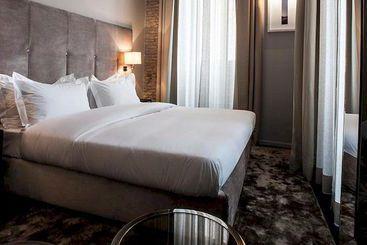 Dom Hotel Roma - Roma