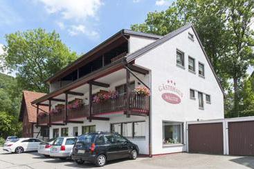 Thb Hotel Garni Ratstube In Bad Urach