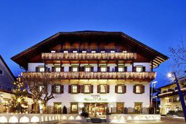 H tel seehof monguelfo les meilleures offres avec destinia for Seehof hotel bressanone