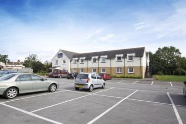 Celtic Hotel Cardiff Airport