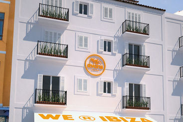 Ryans Marina - Ibiza Ciudad