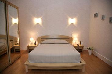 natura resort pescalis moncoutant partir de 43 destinia. Black Bedroom Furniture Sets. Home Design Ideas