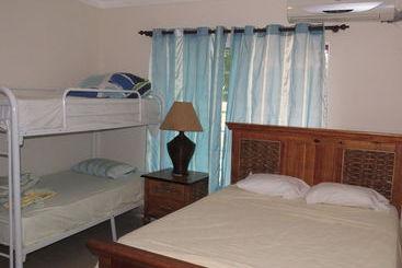 Punta Cana Hostel - Punta Cana
