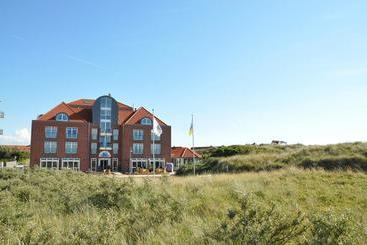 Top country line nordseehotel freese juist die besten for Juist hotels mit schwimmbad