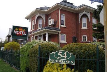 Maple Leaf Motel St Thomas Ontario