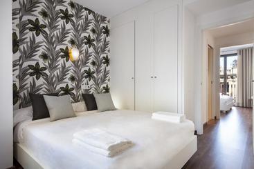 Gir80 Apartments - Barcelona