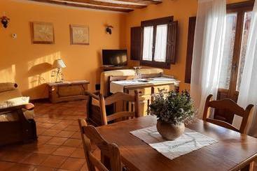 Alojamiento Rural Tres Palacios - Молина-де-Арагон