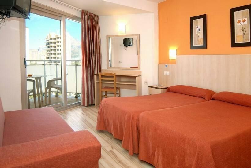غرفة فندق Medplaya Regente بينيدورم