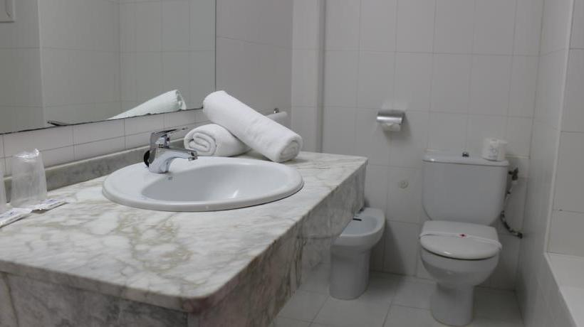 Bathroom Hotel Presidente Benidorm