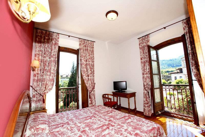 Hotel Puente Romano Cangas de Onis