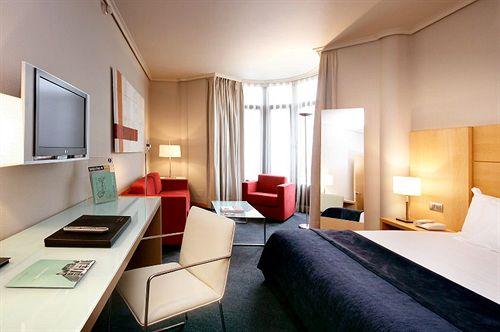 Hotel Silken Ciudad de Vitoria Vitória