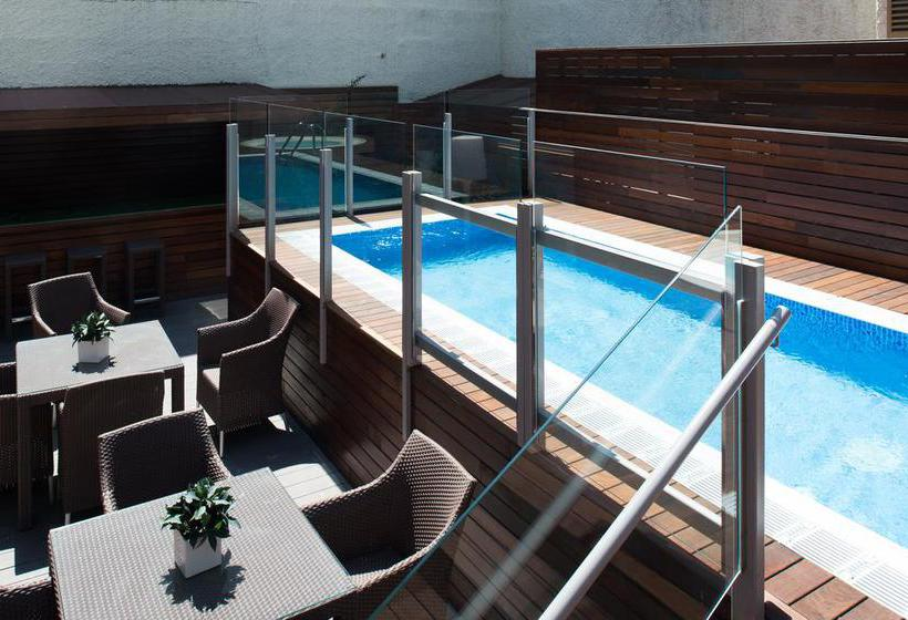 Swimming pool Hotel Catalonia Mikado Barcelona