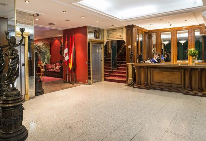 Front desk Hotel Fernán González Burgos