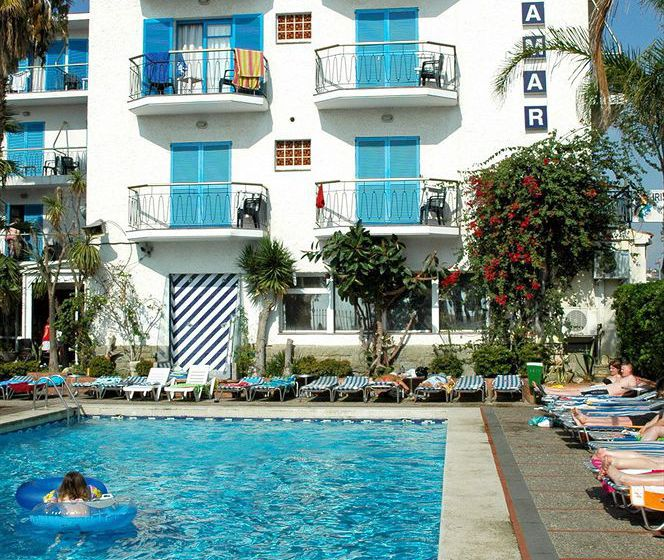 Piscina Hotel H Top Planamar Malgrat de Mar