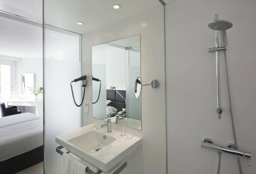 Bathroom Hotel HM Tropical Platja de Palma