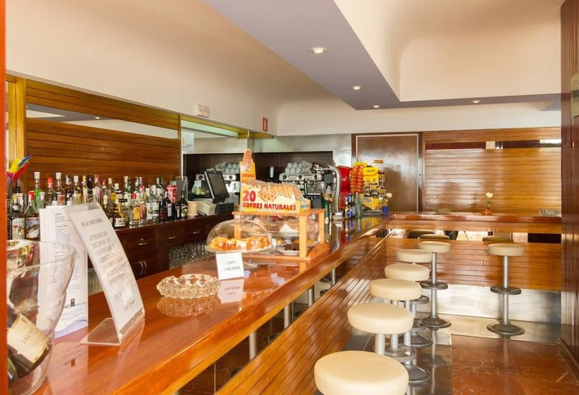 Cafeteria Hotel Riomar Santa Eulalia del Rio