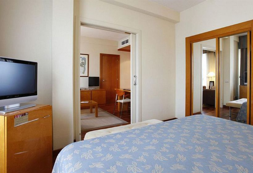Room Hotel NH Atlántico A Corunya