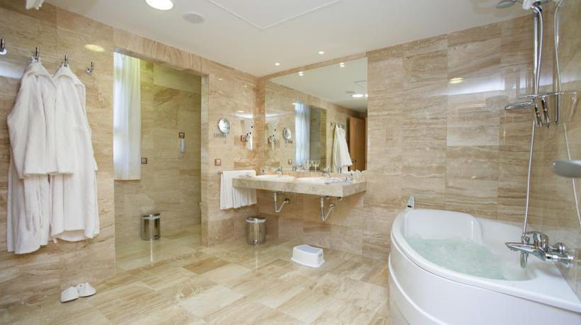 Bathroom Cantur City Hotel Las Palmas de Gran Canaria