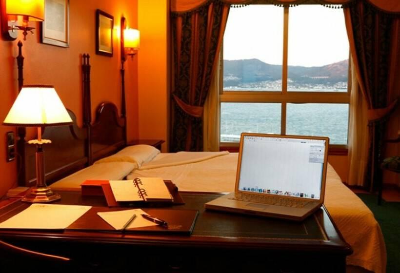 Room Hotel Ciudad de Vigo