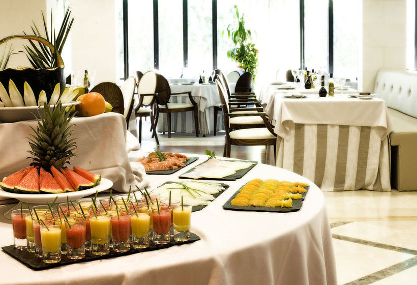 مطعم فندق Osuna مدريد