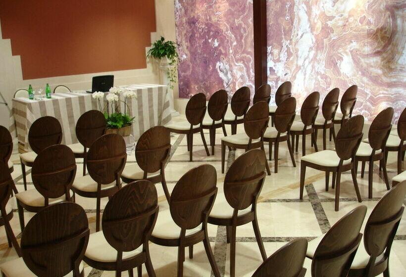 قاعات مؤتمرات فندق Osuna مدريد
