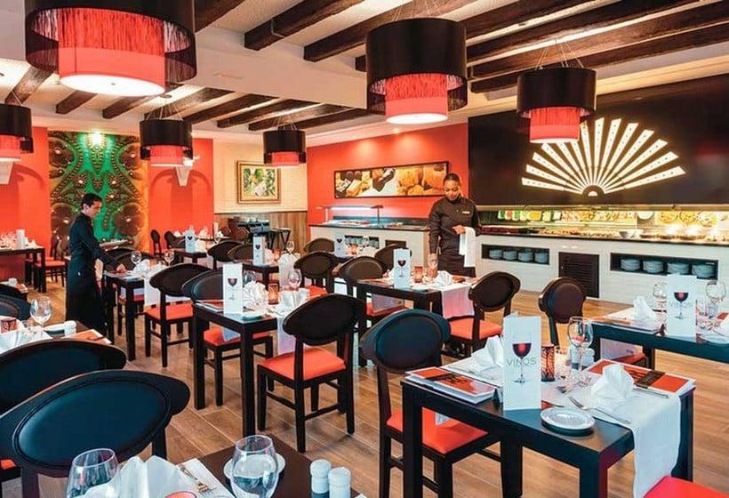 رستوران ClubHotel Riu Costa Del Sol ترمولینوس
