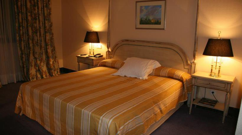 Room Hotel La Vega Arroyo de la Encomienda